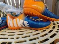 Nike mercurial football blades