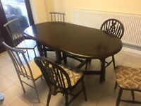 Dining Table Extendable - Solid Wood Heavy Duty - Mahoggony Color to Clear - Excellent Condition