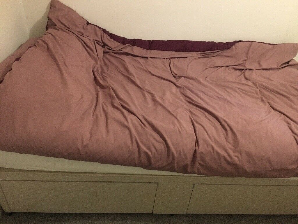 Single bed like brand new (Dreams brand)