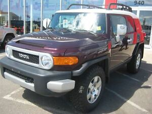 2007 Toyota FJ Cruiser Base | Rugged & Reliable!