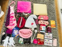 Bundle of girls items. Having a clear out.