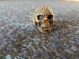 Skull Ring in Gold tone - Reclaimed vintage