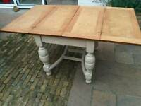 Oak extendable table