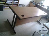 Office desk - top quality and easy assembly