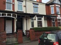 5 bed student houses, close to university, transport, city centre all double rooms, washer, dryer