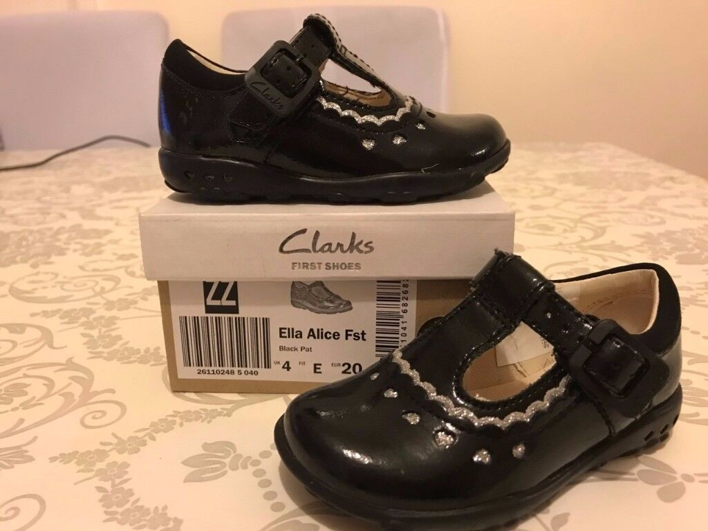 Clarks Size 4 Black Shoes with Flashing Lights