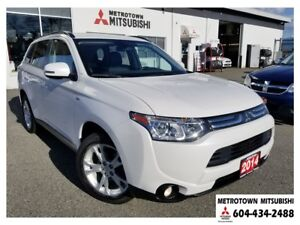 2014 Mitsubishi Outlander GT NAVI; Local & No accidents