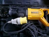 DeWALT DWE305PK 110v Reciprocating Saw Recip Sabre Saw 1100w as new 110