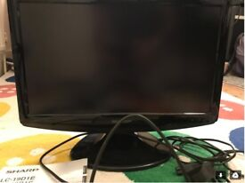 Sharp Aquos 18 inch TV with aerial