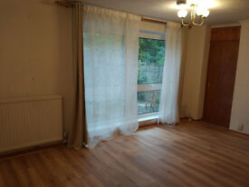 4 bedroom house - white goods - unfurnished