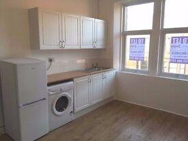 Unfurnished 1 Bedroom Flat to rent - 99 Paisley Road, Renfrew