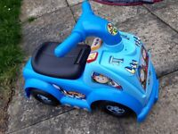 Kids little car to ride on