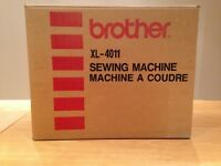 BROTHER XL-4011 PORTABLE SEWING MACHINE - EXCELLENT CONDITION WITH ALL ACCESSORIES & ORIGINAL PKGING