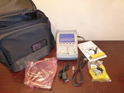 Rohde Schwarz Fsh6.06 100khz - 6ghz Handheld Spectrum Analyzer Fsh6 W Preamp