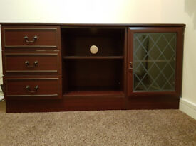 entertainment unit/cabinet, 3 drawers, 1 glass door, middle shelving area