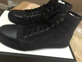 18b7cd2a3ae60 QUICK SALE!! GUISEPPE ZANOTTI SNEAKER/ TRAINER MID- TOP NAVY VELVET ...