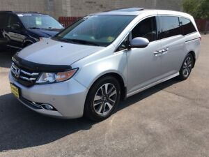 2014 Honda Odyssey Touring, Navigation, Sunroof, Third Row Seati