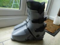 SKI BOOTS, LADIES, SIZE 5-6