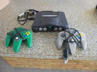 Nintendo N64 retro games console , complete pack with 2 games,goldeneye ,pitch dark.
