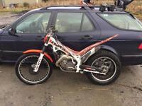 Beta 300 cc 2 stroke trials bike