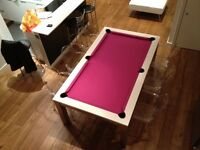 Beautiful dining table / 8 pool U.K. and French pool table
