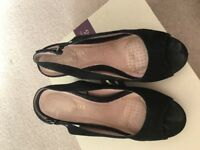 Ladies black sling back wedges size 7