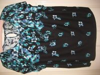 BLACK AND FLORAL TOP - SIZE 20