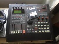 Roland sp808