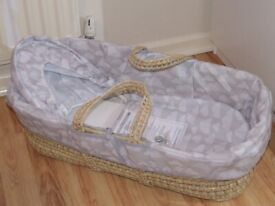 *BRAND NEW* Moses Basket Grey White Baby Girl or Boy Smoke Free Home 1 of 2