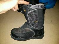 Solomon snowboard boots mens UK 11.5
