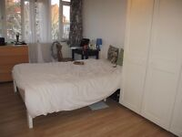 Nice double room near Vauxhall