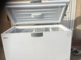 LARGE SIZE BEKO CHEST FREEZER IN GOOD WORKING CONDITION (480Littres).