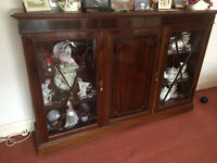 Edwardian Antique Mahogany Display Cabinet.