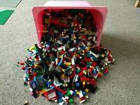 Large job lot of Lego with 5 mats - 6.7kg!