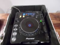 Pionner cdj1000 very good condition+ flight case/uk delivery available