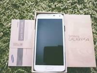 SAMSUNG GALAXY S4 16GB UNLOCKED REFURBISHED