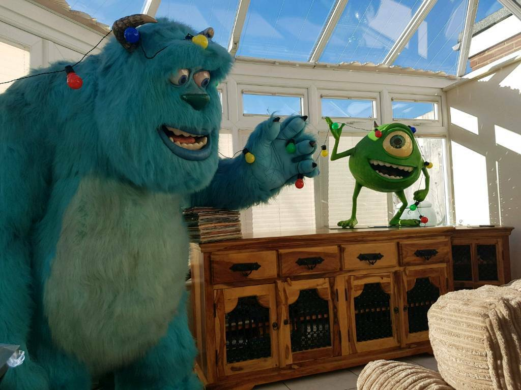 7f0b0694a3d Life-Size statue Disney Mike And Sully Monsters Inc