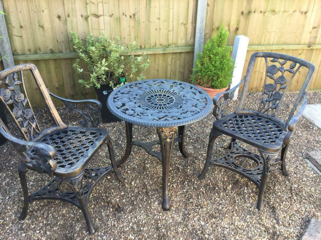 Garden table and chairs plastic  in Kings Lynn, Norfolk  Gumtree