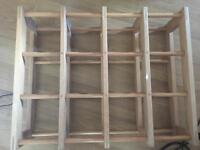 Wooden wine rack - 16 bottles