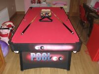 6' x 3' Pool table with 2 x cues, triangle and balls,VGC