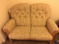 Cintique 3pc suite in great condition - cream pattern