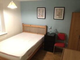Beautiful and spacious double bedrooms, only minutes away from London Bridge!! Perfct for students