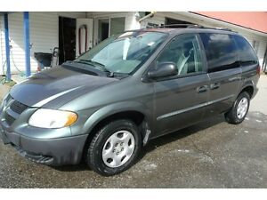 2002 Dodge Caravan  LOW KM SE