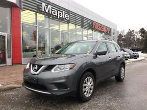 2016 Nissan Rogue S AWD-Back Up Camera, Bluetooth!