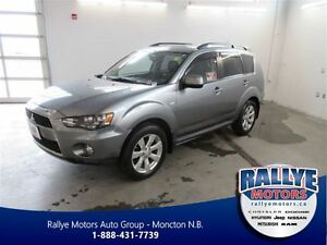 2013 Mitsubishi Outlander ES! 4X4! NEW TIRES! Back-Up! Alloy! Le