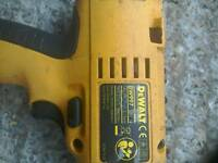 DeWalt combi drill only no battery does work good order