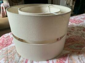 Lamp shade in excellent shape