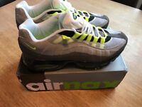 Nike Air Max 95 Neon UK size 10