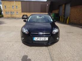 Ford Focus Zetec 5dr (black) 2013