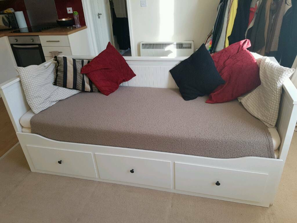 ikea hemnes sofa bed with mattresses rrp 349 in victoria park cardiff gumtree. Black Bedroom Furniture Sets. Home Design Ideas